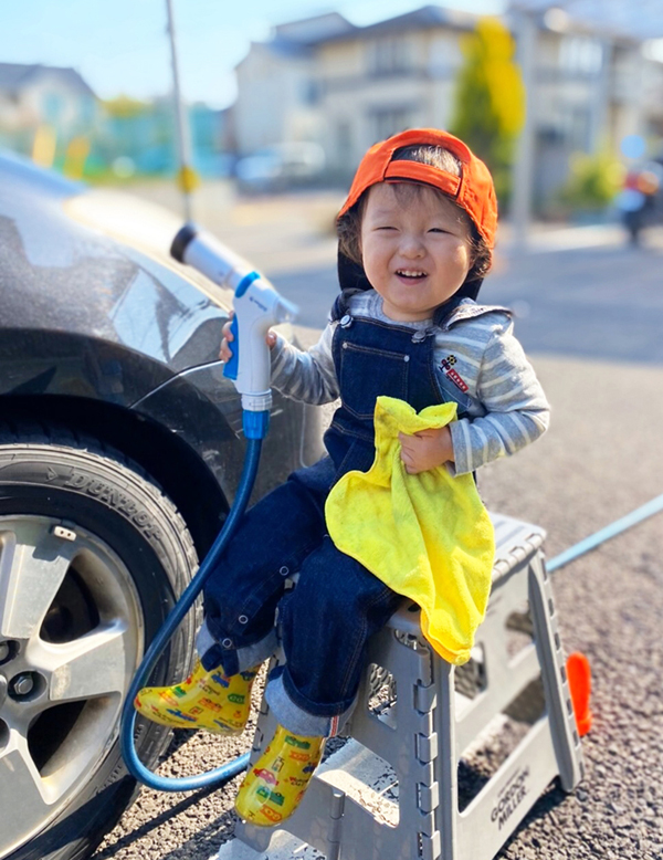 お子様との洗車風景